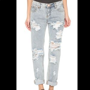 One Teaspoon Awesome Baggies Distressed Jeans